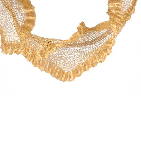 Gargantilla de malla de oro