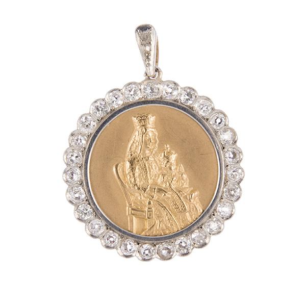 Medalla Virgen de los reyes, oro, oro blanco y diamantes