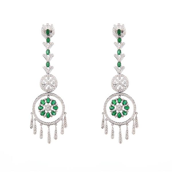 Pendientes de oro blanco con diamantes y esmeraldas